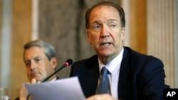 David Malpass, Thứ trưởng Tài chính đặc trách sự vụ quốc tế, chuyên giám sát vai trò của Mỹ trong Ngân hàng Thế giới và Quỹ Tiền tệ Quốc tế.
