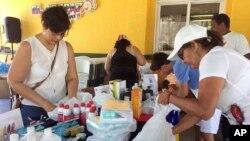 El pronunciamiento de AI coincidió con un comunicado que difundió la Cruz Roja Venezolana en el que solicitó a las autoridades venezolanas que permita el ingreso al país de un lote de insumos para hacer frente a la crisis del sector salud.