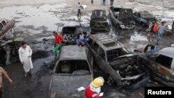 5月27日,伊拉克首都巴格達發生多宗汽車炸彈爆炸現場。