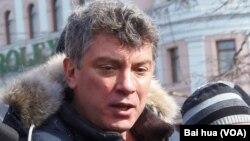 反对派领袖尼缅佐夫(美国之音白桦拍摄)