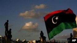 리비아 벵가지의 안사르 알샤리아 반군과 다른 무장반군 조직원들(자료사진)