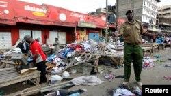 16일 케냐 나이로비의 시장에서 발생한 폭탄테러 현장.