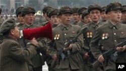 훈련 중인 북한 군인들 (자료사진)