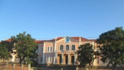 Desafios do ensino superior em Angola - 18:58