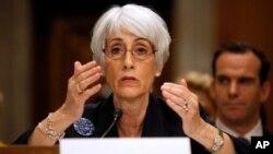 Wakil Menlu AS Wendy Sherman mengatakan kepada panel Senat hari Kamis (3/10) bahwa sanksi terhadap Iran mungkin bisa dikurangi jika Iran melakukan langkah konkrit soal program nuklirnya.