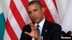 El presidente Barack Obama habla durante su reunión con el presidente de Nigeria, Goodluck Jonathan, en Nueva York.