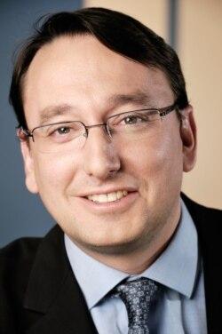 Icann / tutelle américaine du net - interview de Mathieu Weill- directeur de l'AFNIC