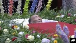 지난 20일 사망한 북한 강석주 전 노동당 국제담당 비서의 장례식이 22일 평양에서 국장으로 진행됐다.