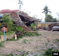 AHA Center dapat berperan menyalurkan bantuan bagi anggota ASEAN, seperti Birma pada saat dilanda bencana topan Nargis.