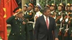 Việt-Mỹ cam kết thúc đẩy hợp tác quốc phòng