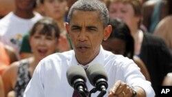 Presiden AS Barack Obama saat berkampanye di Norfolk State University, Norfolk, Virginia. (Foto: AP/Steve Helber)