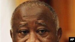 科特迪瓦总统巴博12月26日在官邸接受专访