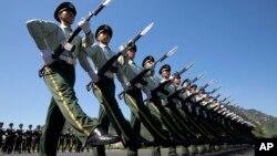 Chưa rõ là Việt Nam có tham gia duyệt binh cùng các binh sĩ Trung Quốc hay không.