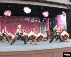 Washington: Pozdrav proljeću i suosjećanje sa Japancima