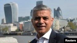 El primer alcalde musulmán de Londres, Sadiq Khan, expresó su discrepancia con los puntos de vista de Donald Trump sobre los musulmanes.