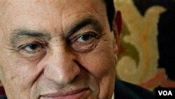 De ser hallado culpable, el ex gobernante egipcio encara la pena capital.