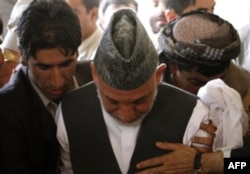 Ukasining o'limi prezident Hamid Karzay uchun kuchli zarba