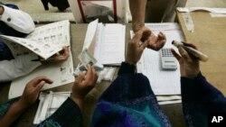 El número de votantes indecisos es del 22% a pocas horas de comenzar la votación.