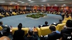 Ngoại trưởng các nước trong Hiệp hội các Quốc gia Ðông Nam Á họp tại Bandar Seri Begawan, Brunei, ngày 2/7/2013.