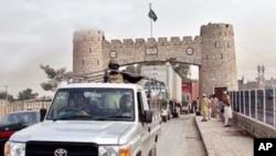 سکیورٹی چیک پوسٹ پر حملے میں پانچ ہلاک