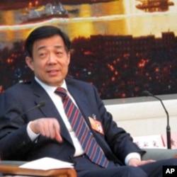 中共重庆市委书记薄熙来(资料照片,2010年3月6日摄于北京人民大会堂)