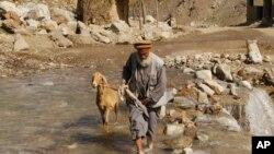 جادۀ غوربند مسیر پررفت و برگشت میان کابل و ولایت های مرکزی افغانستان است