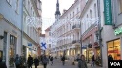 爱沙尼亚首都塔林街头。当地媒体抱怨当地民众对中国威胁认识不足。(资料照片)