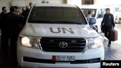 Una caravana de cinco automóviles de Naciones Unida llegó a un hotel en Siria con el equipo de inspectores y expertos en armas químicas.