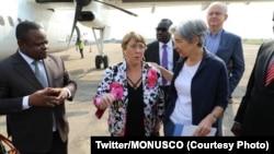 La Haute-Commissaire des Nations Unies aux droits de l'homme, Michelle Bachelet (2e à partir de la gauche) à son arrivée à Bunia, Ituri, 23 janvier 2020. (Twitter / MONUSCO)