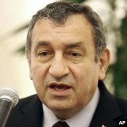 Le premier ministre égyptien Essam Sharaf