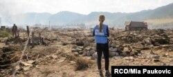 지난 2016년 9월 유엔 직원이 북한 홍수 피해 현장을 조사하고 있다. 사진 제공: RCO/Mia Paukovic.