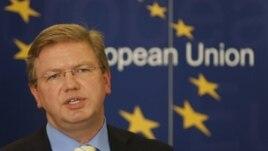 Evropski komesar za proširenje Štefan File (arhivski sninak)