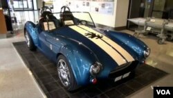 Shelby Cobra hasil cetakan printer 3D