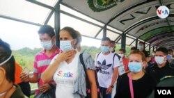 Migración Colombia informó el jueves que, hasta el 27 de mayo, han retornado hacia Venezuela 67.780 personas, en 883 buses.