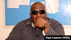 Kangni Alem, écrivain togolais, 6 août 2019. (VOA/Kayi Lawson)