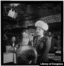 Photo of Ella Fitzgerald, Dizzy Gillespie, Ray Brown, Milt (Milton) Jackson, and Timmie Rosenkrantz, Downbeat, New York, N.Y., Sept. 1947. (William Gottlieb, photographer)