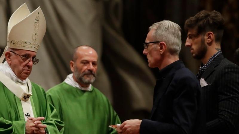 папа франциск призвал уважать достоинство заключенных