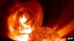 Güneş'te Rekor Patlama