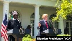 El presidente de EE.UU., Donald Trump, y el presidente de Nigeria, Muhammadu Buhari, ofrecen conferencia de prensa en la Casa Blanca luego de reunirse en privado. Abril 30 de 2018.
