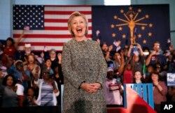 Ứng viên tổng thống của đảng Dân chủ Hillary Clinton trong cuộc vận động tranhg cử tại bang Indianapolis, ngày 1/5/2016. Mặc dù chiến thắng tại bang Indiana, ông Sanders cũng chỉ thu ngắn được rất ít khoảng cách dẫn trước quá xa của bà Clinton