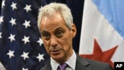 El alcalde de Chicago, Rahm Emanuel, defendió el fallo de la Séptima Corte de Apelaciones sobre ciudades santuarios.