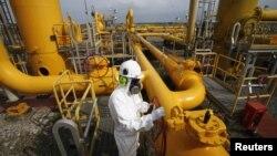 Pipa gas milik Perusahaan Gas Negara Tbk (PGN), salah satu korporasi Asia Tenggara yang mencatat kinerja dan pertumbuhan laba yang kuat. (Foto: Reuters/Supri)
