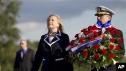 美國國務卿希拉里•克林頓星期四訪問俄羅斯圣彼得堡