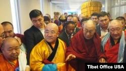 西藏精神领袖达赖喇嘛抵达蒙古进行王为期五天的访问