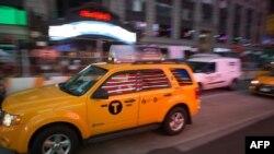 Желтое такси в Нью-Йорке