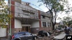 La tormenta también dejó cerca de 20 heridos y unas 500 personas fueron evacuadas.
