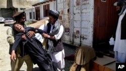 په افغانستان کې د غیر حکومتي موسسو د همغږۍ دفتر (اکبر) وایي د افغانانو او مرستو رسونې کارکوونکو لپاره وضعیت لا نا څرګند دی