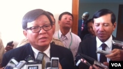Son Chhay, who is leading the negotiating team for the Rescue Party, said more talks will take place March 24.