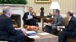 جان برنان (سمت چپ) در جلسه با رئیس جمهوری آمریکا