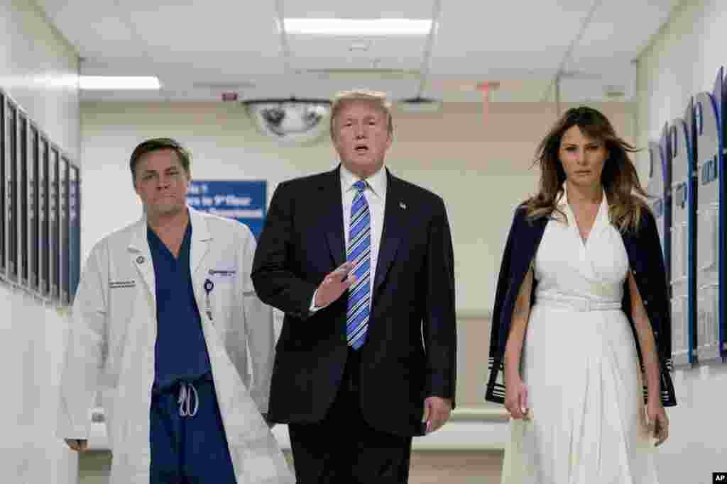 بازدید پرزیدنت ترامپ و بانوی اول از بیمارستان در فلوریدا که در آن مجروحان حادثه تیراندازی که در دبیرستانی در جنوب فلوریدا به وقوع پیوست، بستری هستند.